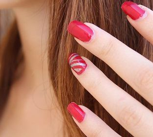 Beauty salon,nail salon, pedicure, manicure facils,hair cuts, family hair cust , styling coloring ,perms flow out make up, astician, men, women , kids