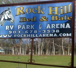 RV Park, Horse Boarding, Horse Motel, RV Hookup, Covered Arena, Crushed Pottery