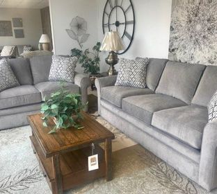 Furniture Store, Recliners, New Furniture, Bedroom Sets, La-z Boy, Ashley Furniture, Broyhill Furniture, Living Room Furniture, New Furniture, Lancer, Clearance Center, Home Decor, Lamps, Clocks, TV Stands, Bedding, Mattress, Vaughn-Bassett Furniture, Sho